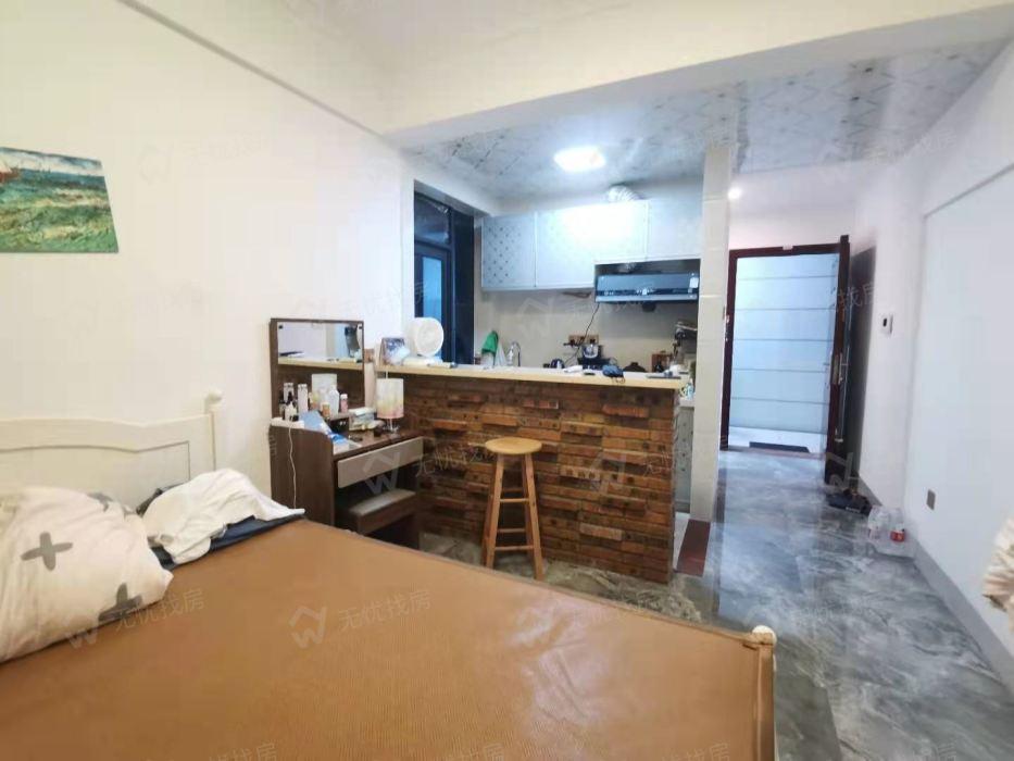 二手房,中心小学学区房 汇美豪庭精装一居室 月租抵月供
